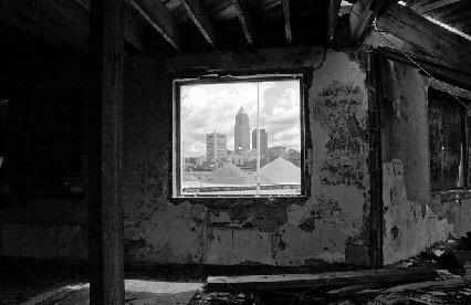 <i>Cleveland Skyline within Urban Decay</i> (2009). Photograph by Robert R Gigliotti. RRGPhotography.com / Flickr