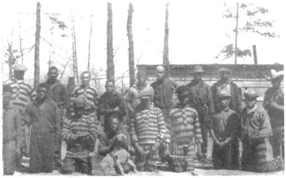 <i>A chain gang of prisoners in North Carolina, 1927</i>. Photograph courtesy of the Schomburg Center / New York Public Library Digital Collections