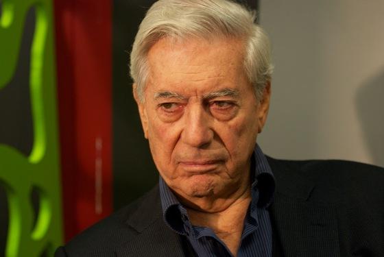 Mario Vargas Llosa at Göteborg Book Fair (2011). Wikimedia Commons
