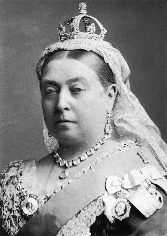 <i>Queen Victoria</i> (1882). Photograph by Alexander Bassano / National Portrait Gallery