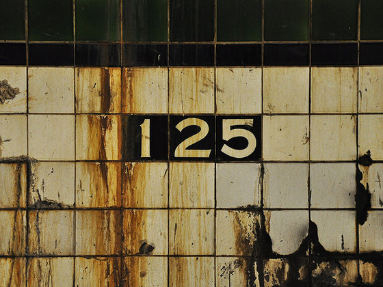 <i>125th and Saint Nicholas</i>. Photograph by Robert / Flickr