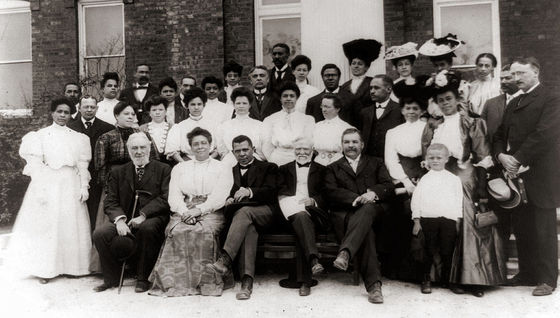 <i>Tuskegee Institute faculty, with Booker T. Washington and his wife, as well as visiting faculty members Andrew Carnegie and Robert C. Ogden.</i> Wikimedia Commons