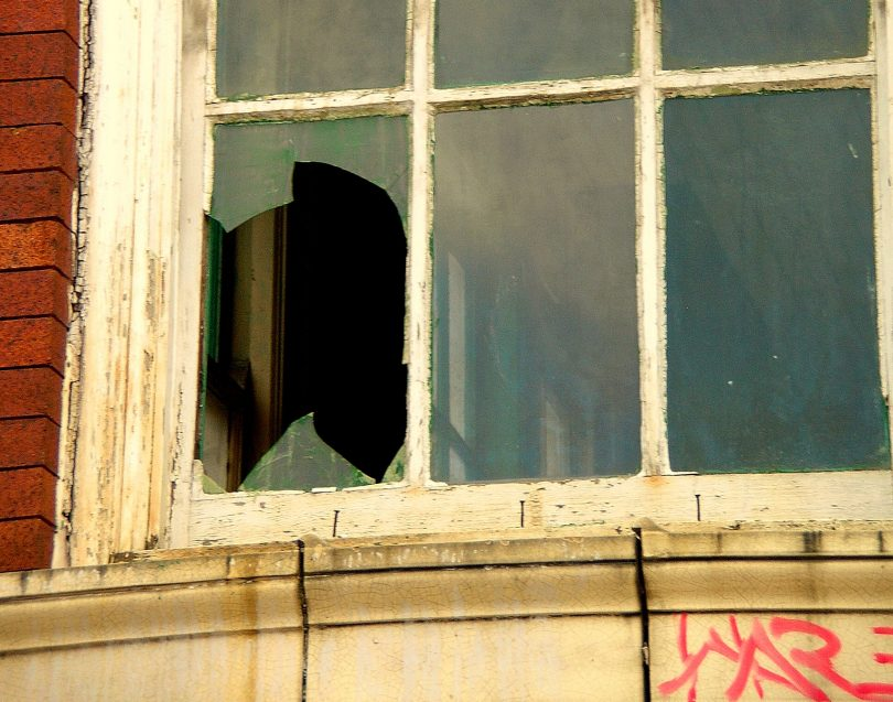 Broken-Window_the-Visionary-Agency_crop