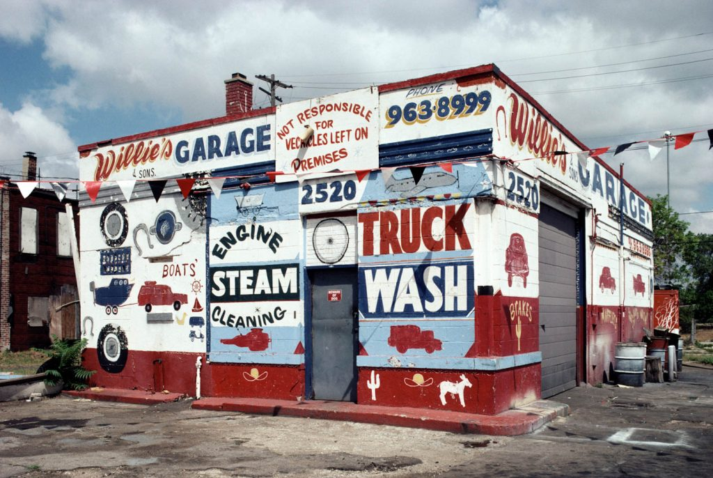 Willie's Garage